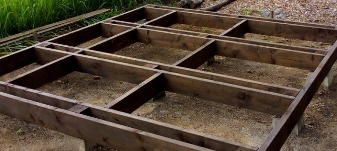 DIY 小屋作り 床