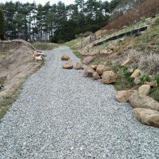 園内の登り坂に砂利が入りました!来年のプレオープンにむけて~園内の整備を進めています~